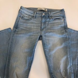 American Eagle light denim super skinny jeans
